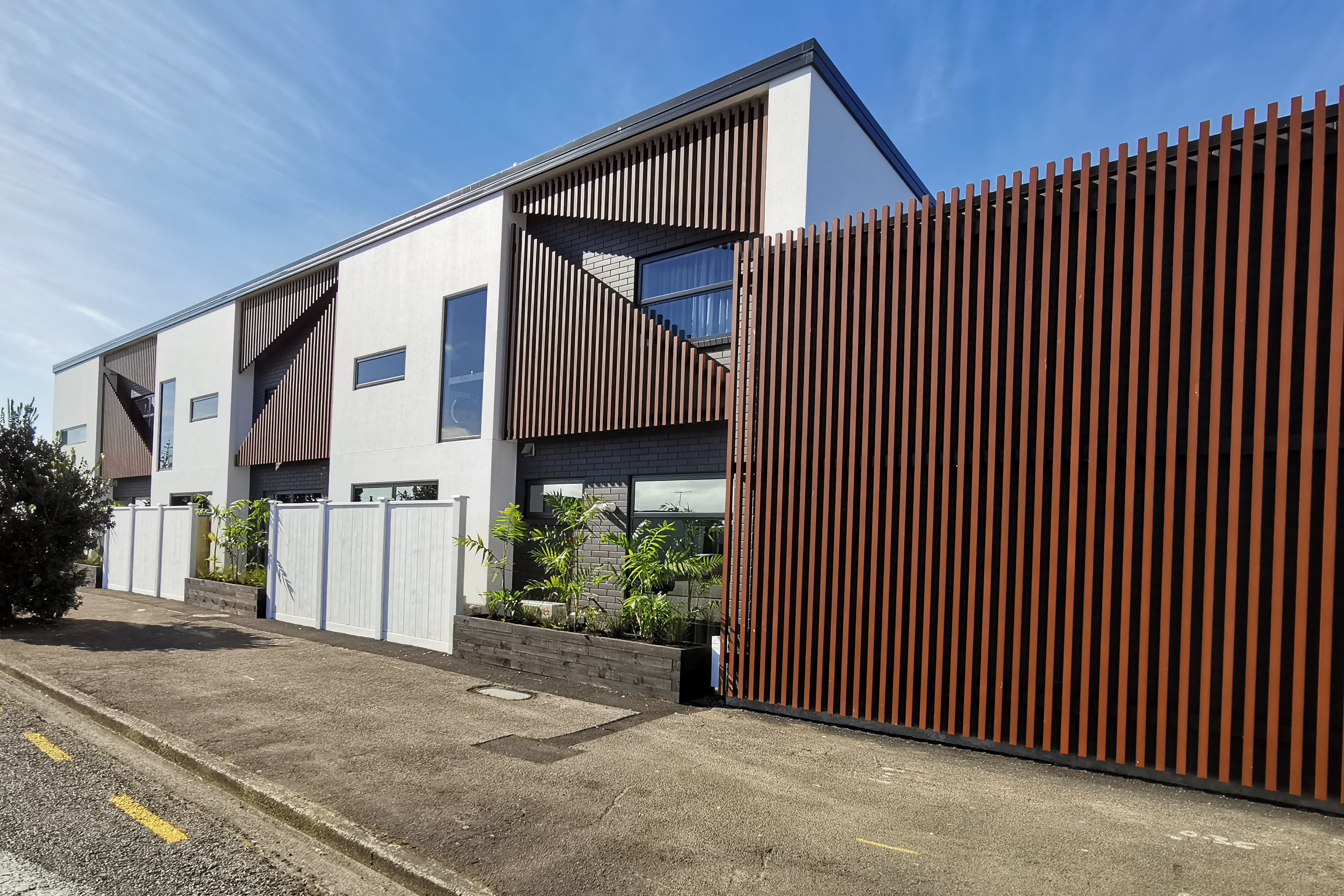 New Plymouth - Accommodation - Rooms
